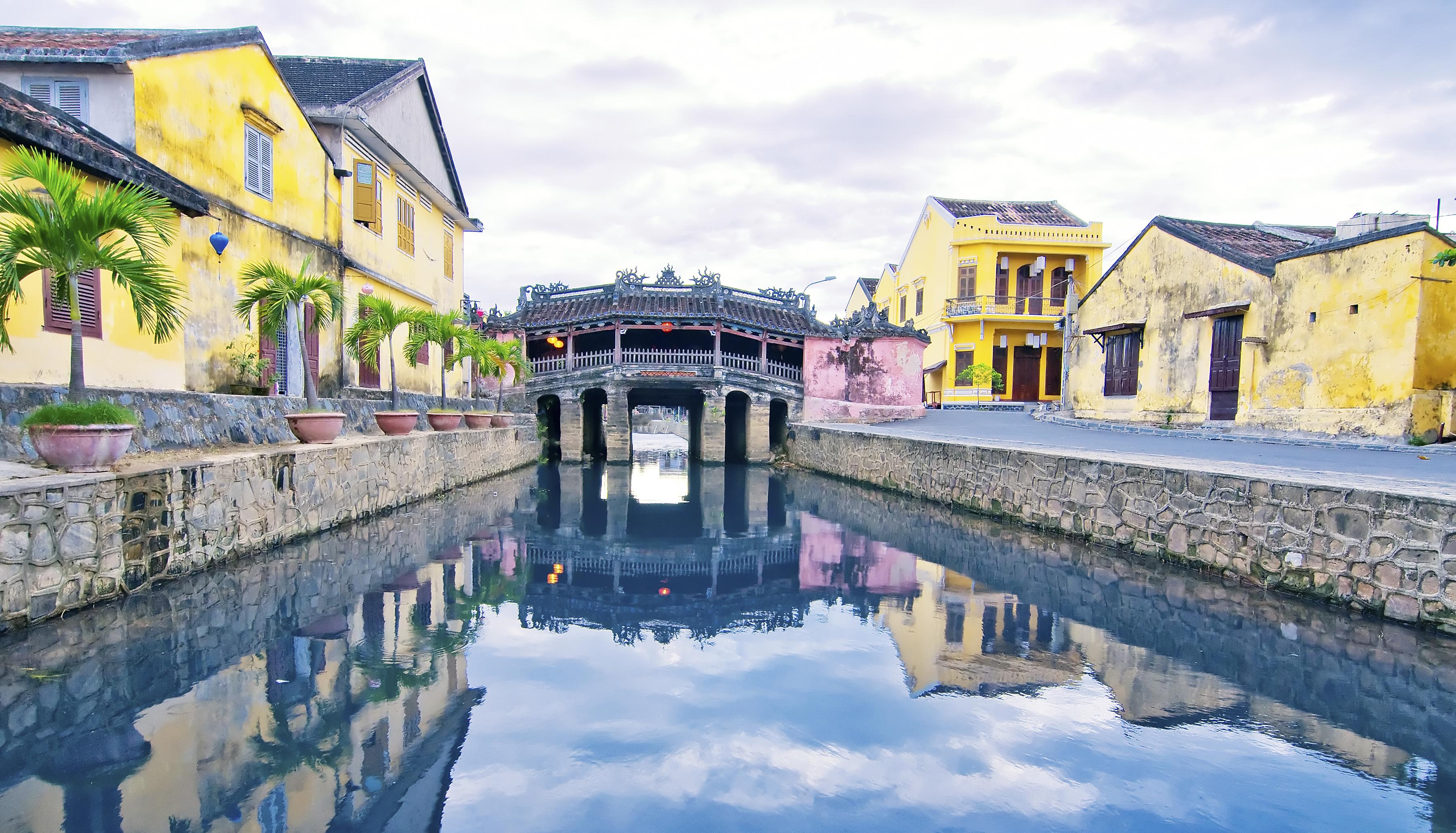 Tour Du Lịch Huế – Đà Nẵng- Sơn Trà- Ngũ Hành Sơn- Hội An – Bà Nà Hill 3N2Đ