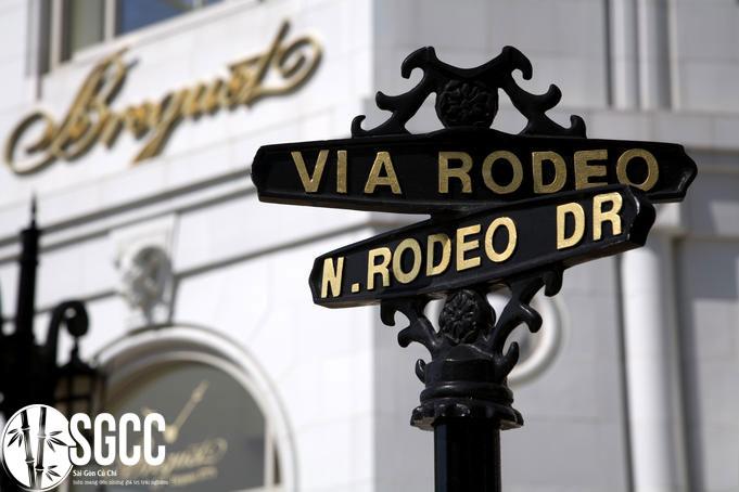 Đại lộ Rodeo và Sunset