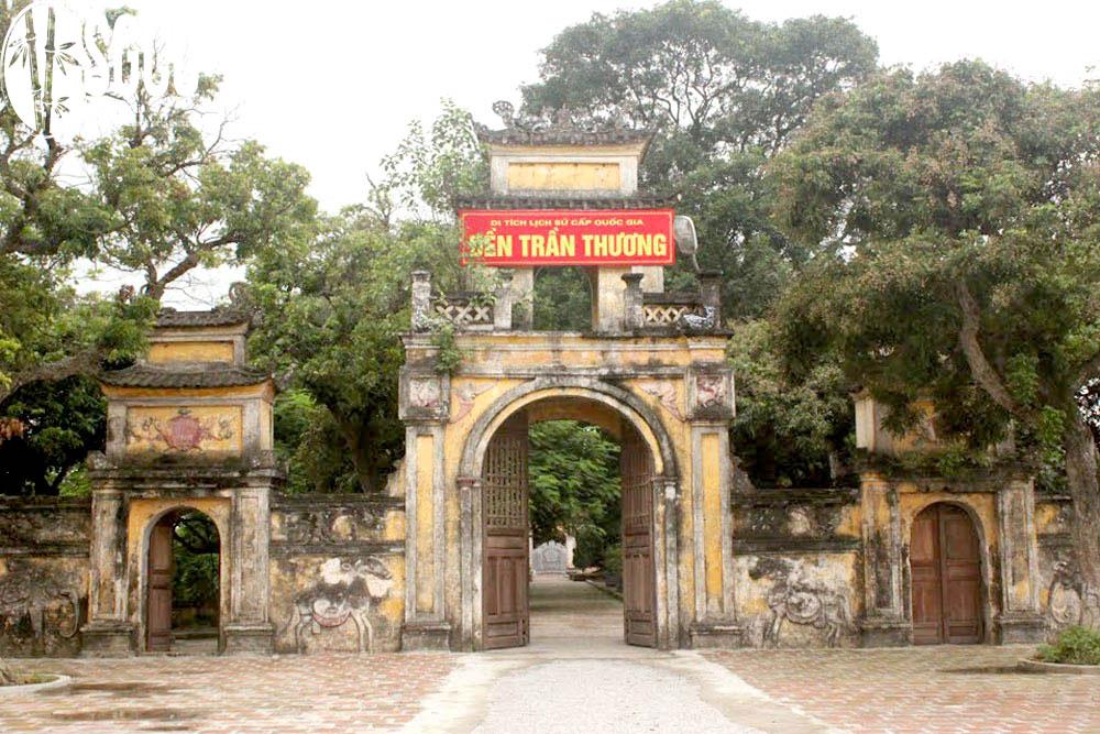 Đền Trần Thương