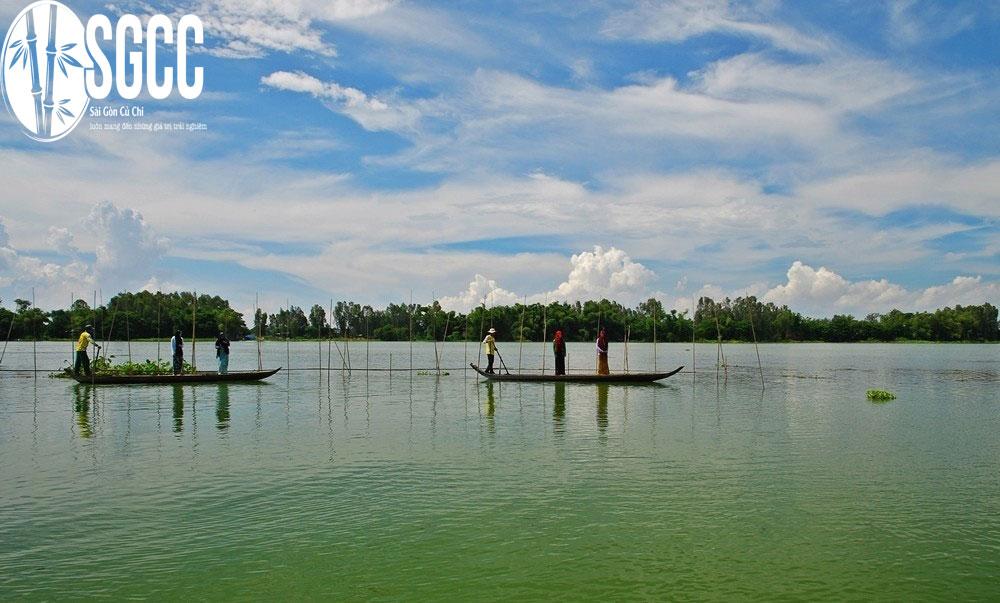 Hồ Búng Bình Thiên