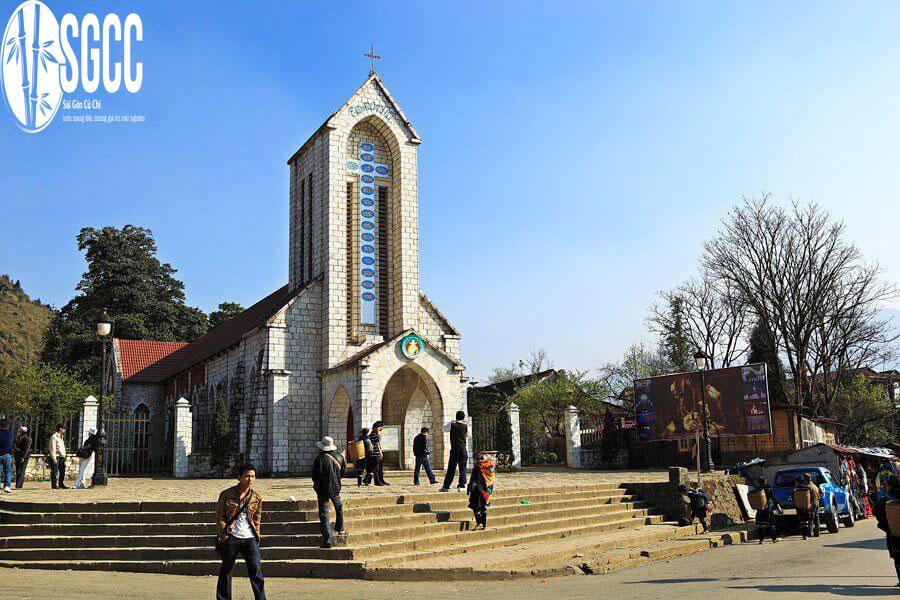 Nhà thờ cổ Sapa