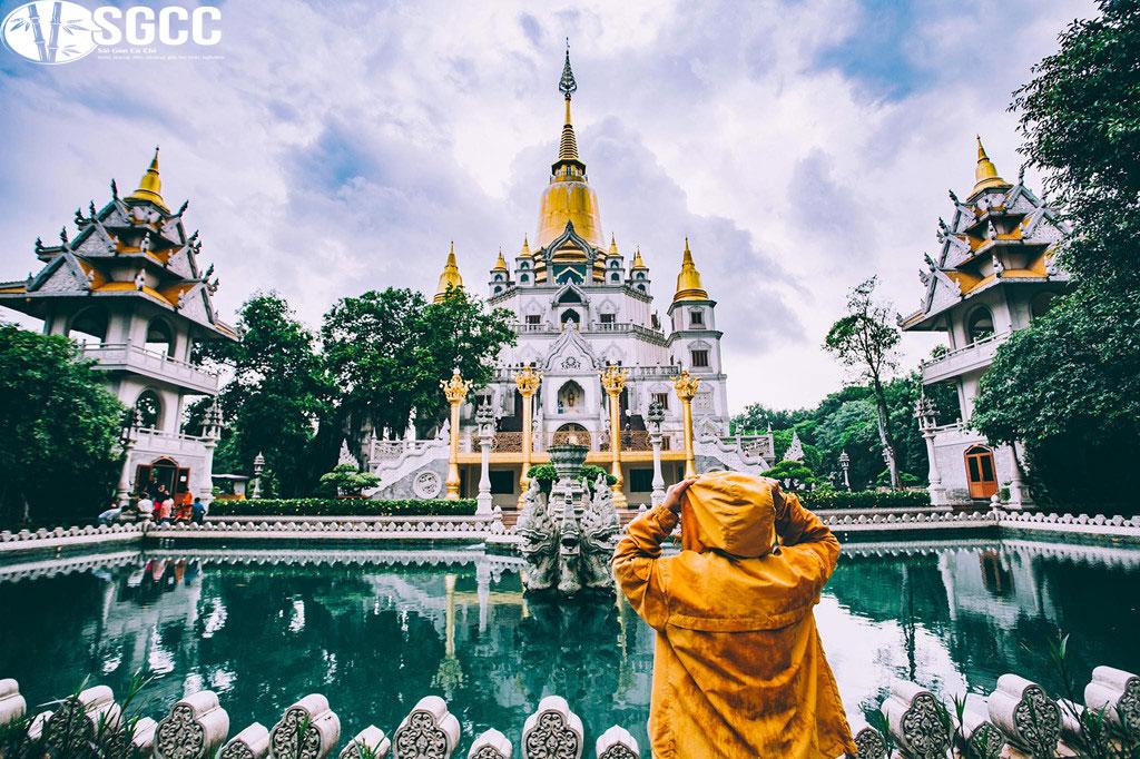 chùa-Bửu-Long-nơi-du-khách-hành-hương-tìm-về-cửa-Phật