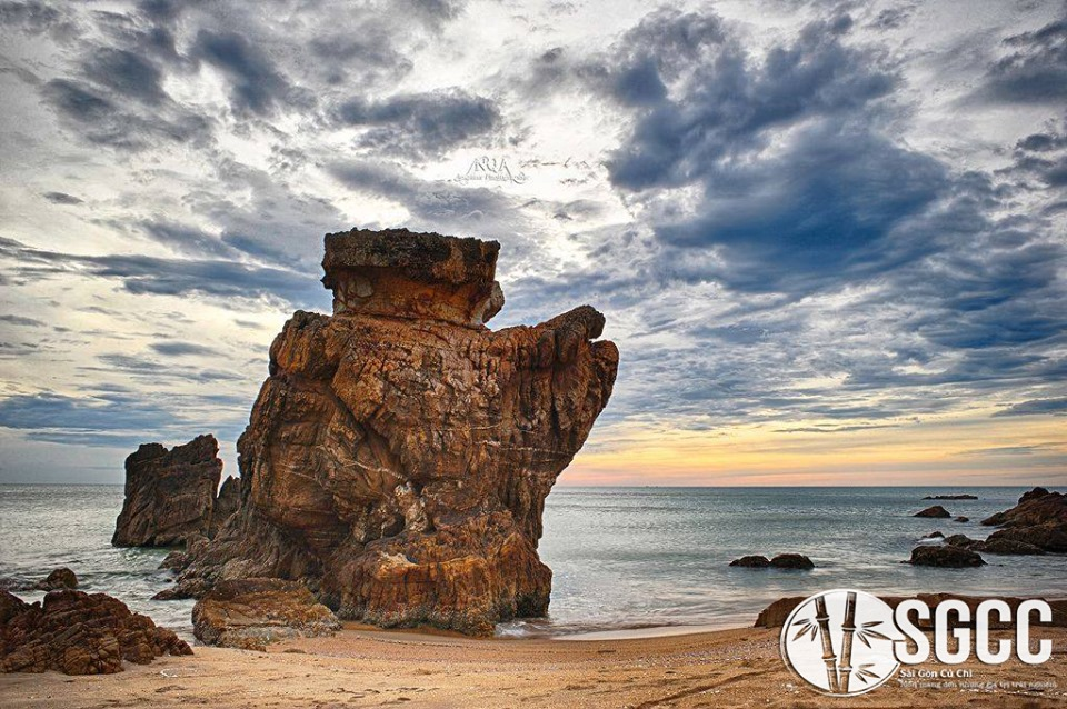 Teambuilding Bãi Biển Đá Nhây Quảng Bình