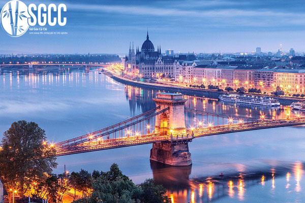 HÀNH TRÌNH CHÂU ÂU 5 NƯỚC HUNGARY – SLOVAKIA – ÁO – CH SÉC – BALAN