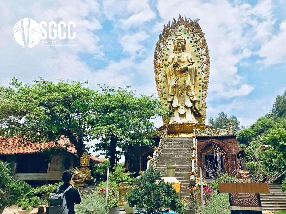 Teambuilding Kỳ Co - Eo Gió - Tịnh xá Ngọc Hòa Bình Định