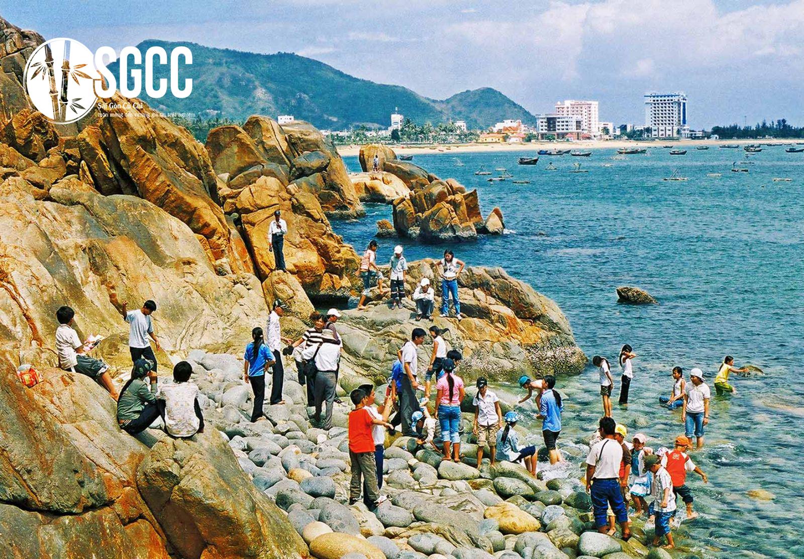 Teambuilding Bãi Biển Hoàng Hậu - Tháp Dương Long Bình Định