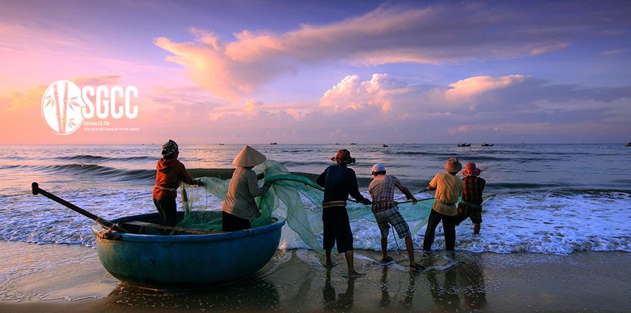 Teambuilding Bãi biển Hòn Rơm Mũi Né