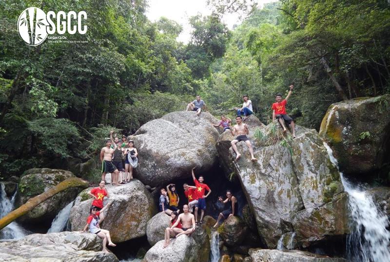 Teambuilding Thác Nước Ba Tia Bắc Giang