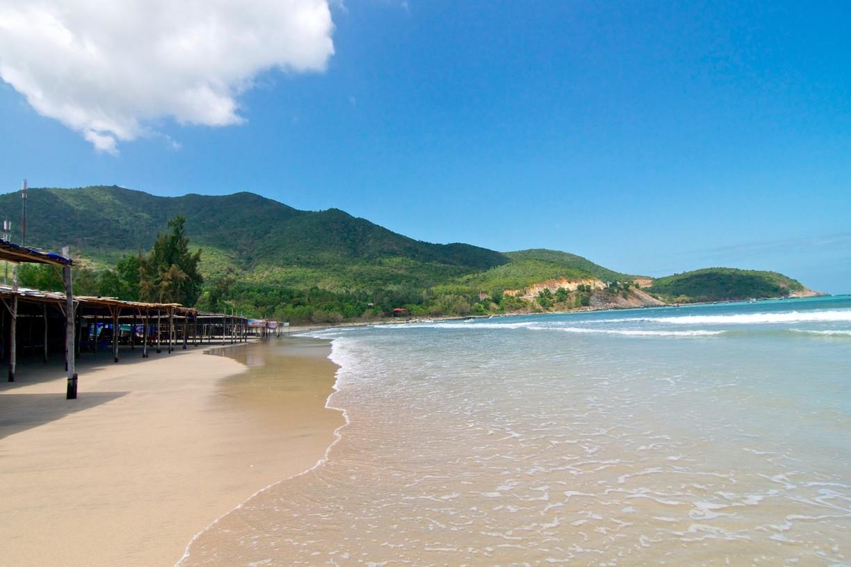 4 bãi tắm đẹp, hoang sơ hút khách bậc nhất Khánh Hòa