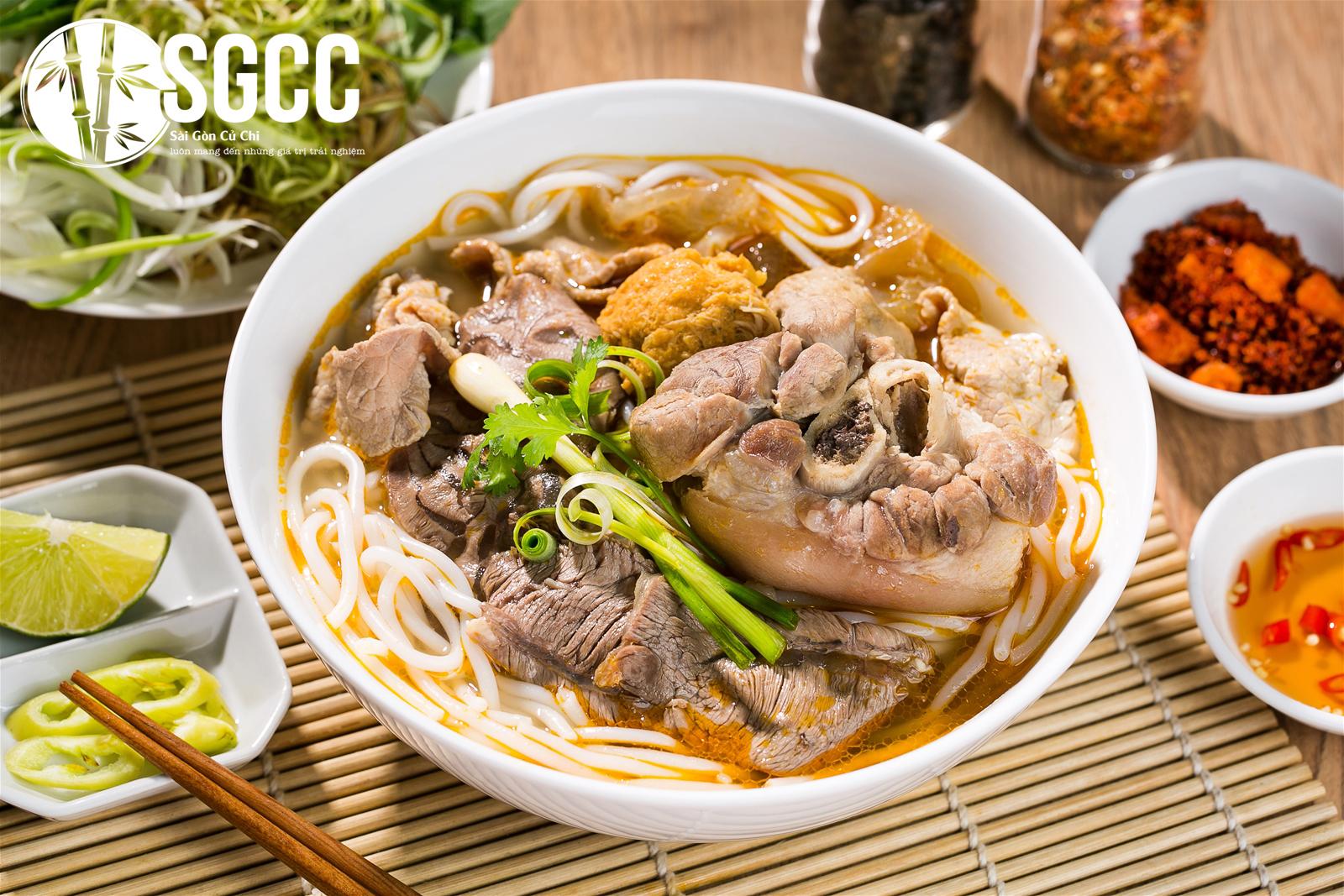 Cùng thưởng thức 5 món bún ngon nức tiếng tại Huế