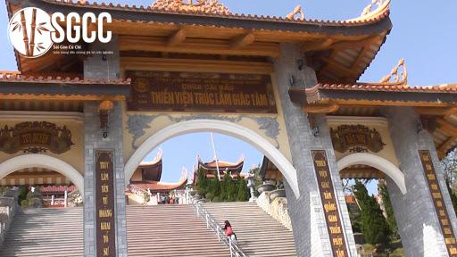 Cùng ghé thăm chùa Cái Bầu, Quảng Ninh