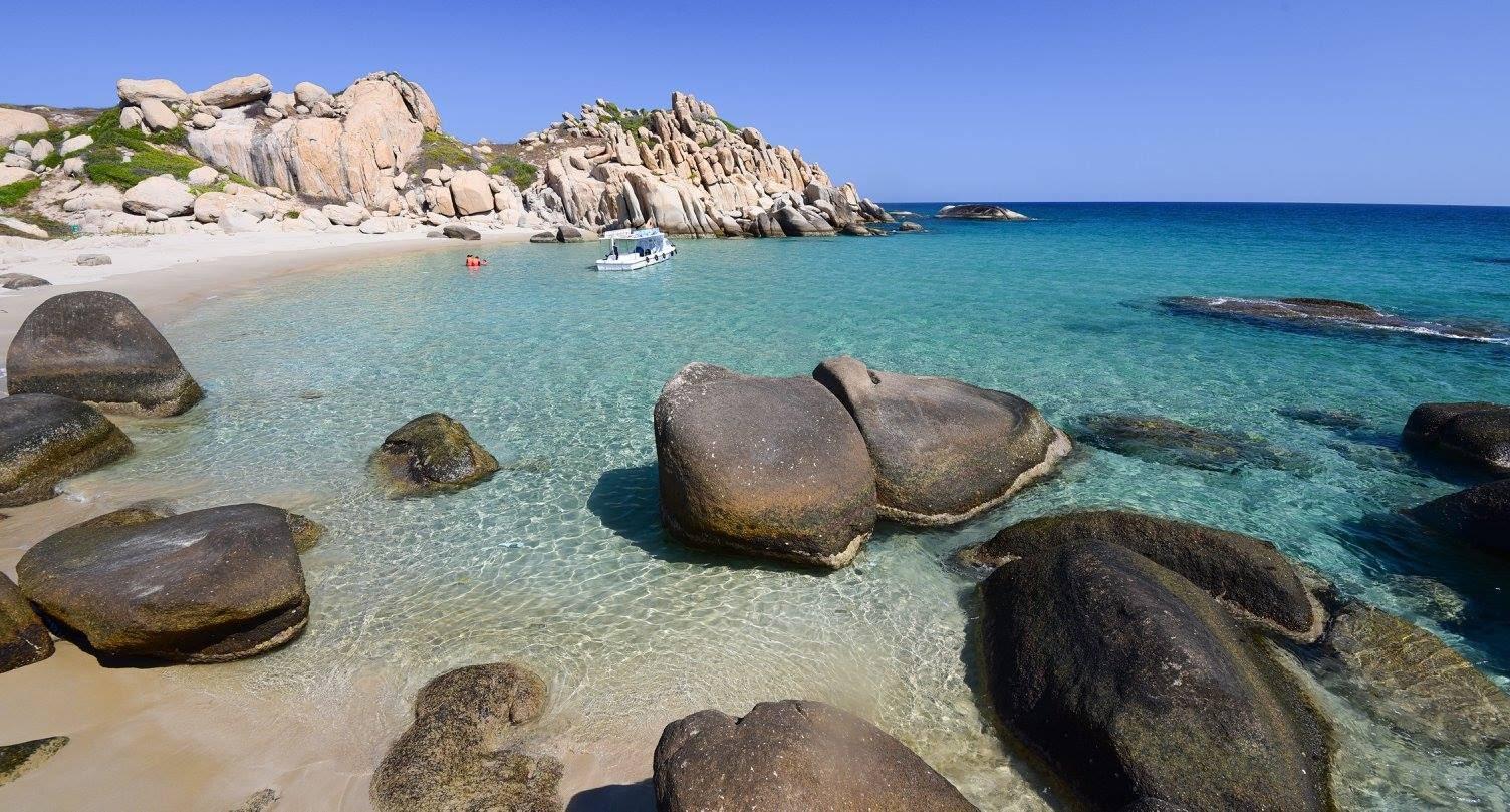Tham quan hòn đảo hoang sơ, tuyệt đẹp ở Bình Thuận