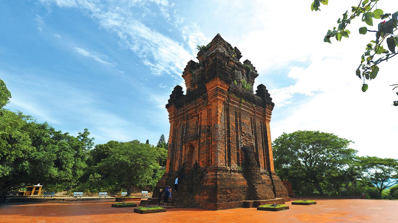 Du lịch Phú Yên – Quy Nhơn: Khám phá Mũi Điện, Gành Đá Đĩa, Kỳ Co, Eo Gió