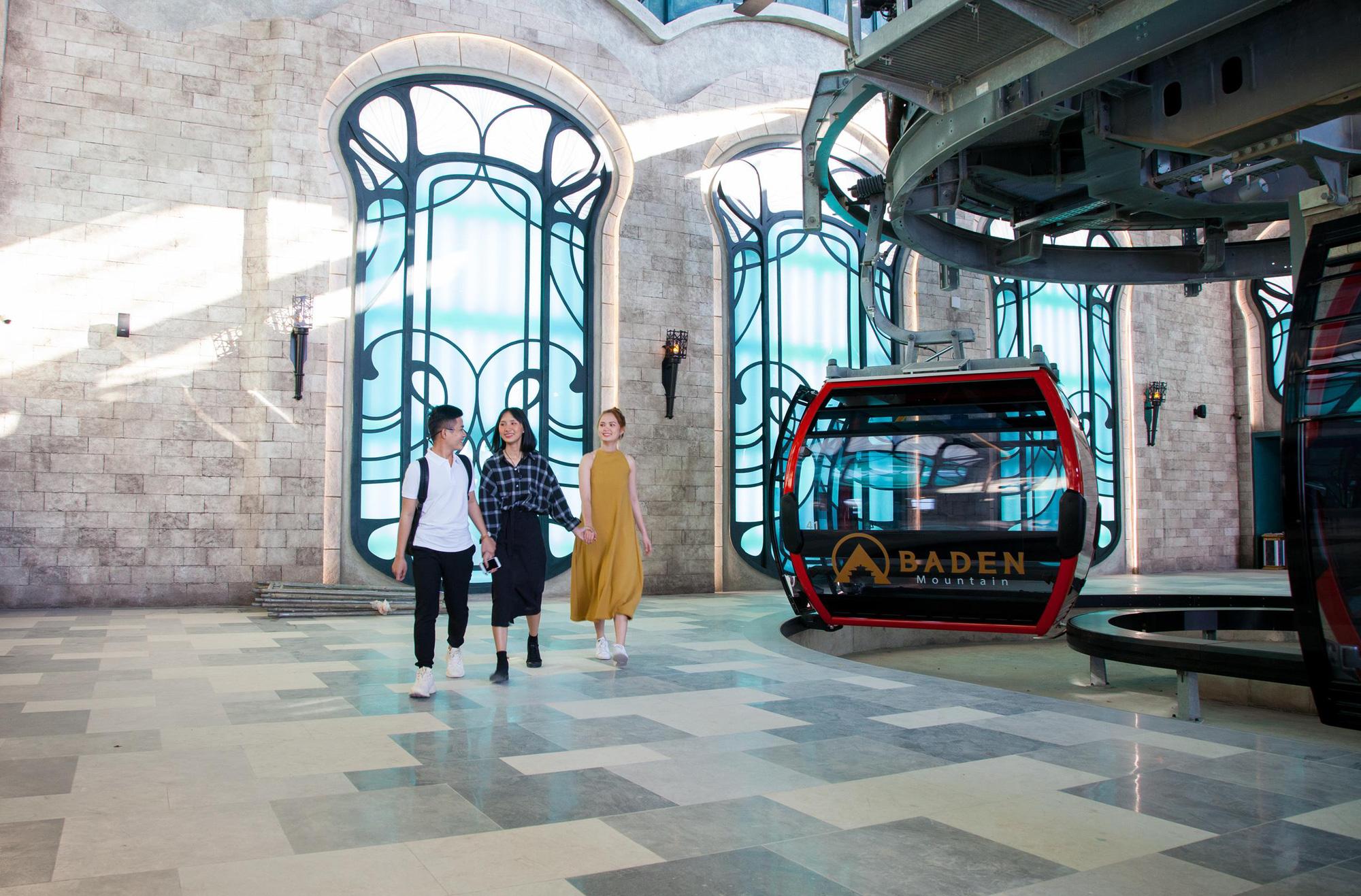 Bà Đen - nhà ga cáp treo lớn nhất thế giới tại Tây Ninh