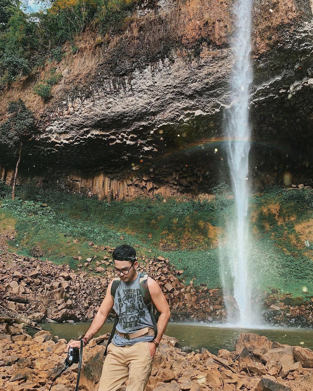 Thác nước tuyệt đẹp thu hút tín đồ du lịch ở Tây Nguyên