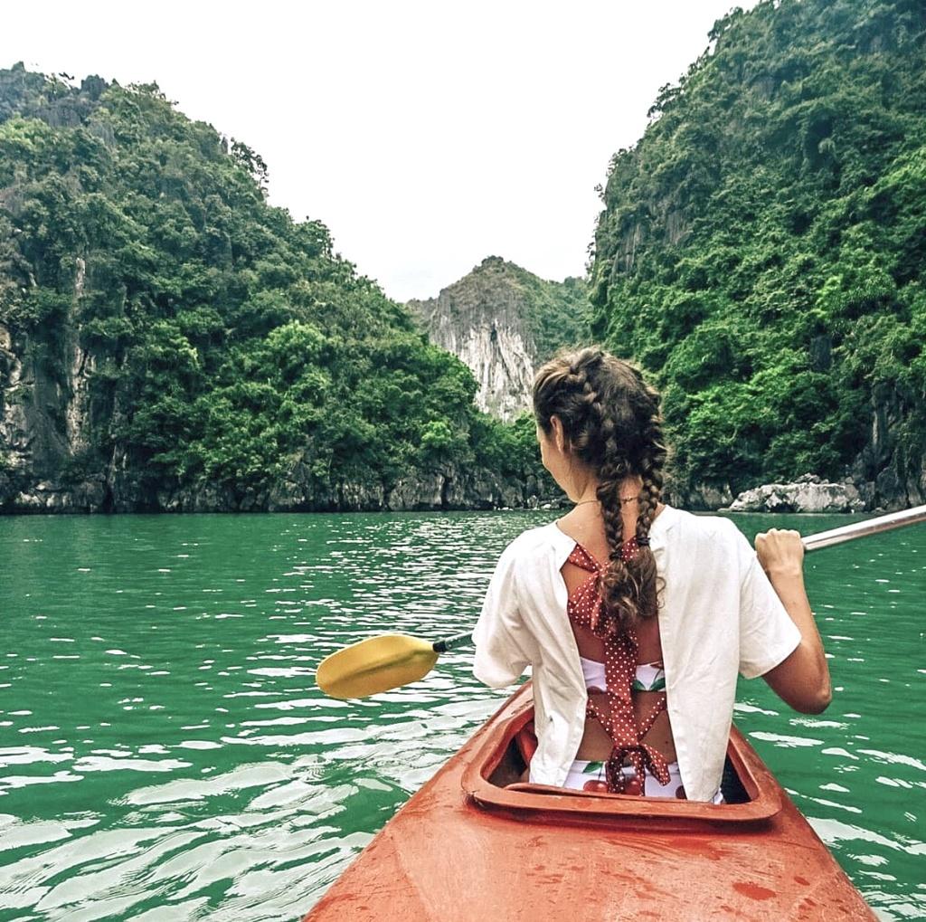 Hạ Long và 3 vịnh biển ấn tượng du khách tại Việt Nam