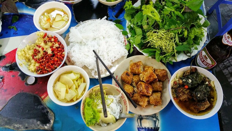 8 món ăn uống nghe tên là đã biết phố ở Hà Nội
