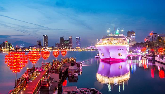 Những địa điểm check-in hot nhất Đà Nẵng mùa hè này