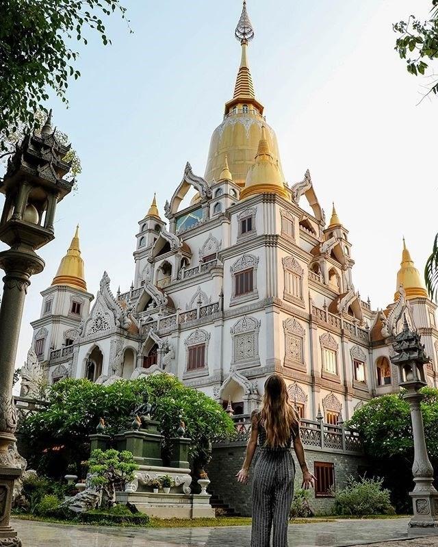 Chẳng cần đi đâu xa, ngay Sài Gòn cũng có những ngôi chùa độc đáo và đặc biệt