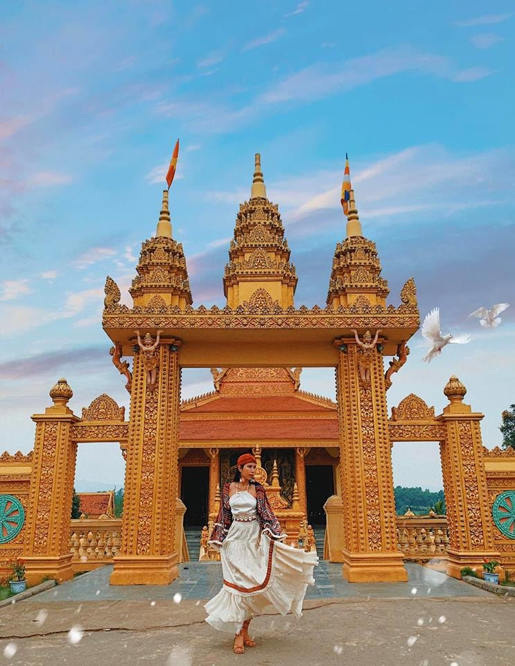 Lạc giữa bức tranh cổ tích ở Làng văn hóa - du lịch các dân tộc Việt Nam