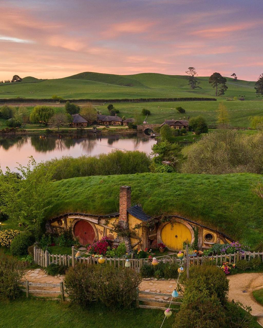 Lạc vào thế giới cổ tích ở ngôi làng người lùn New Zealand