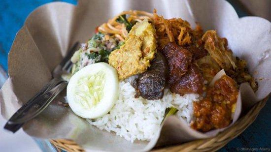 Lợn quay trứ danh ở Bali