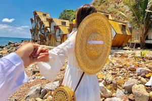 Check in ngôi nhà tổ ong chất thần sầu ở Nam Du