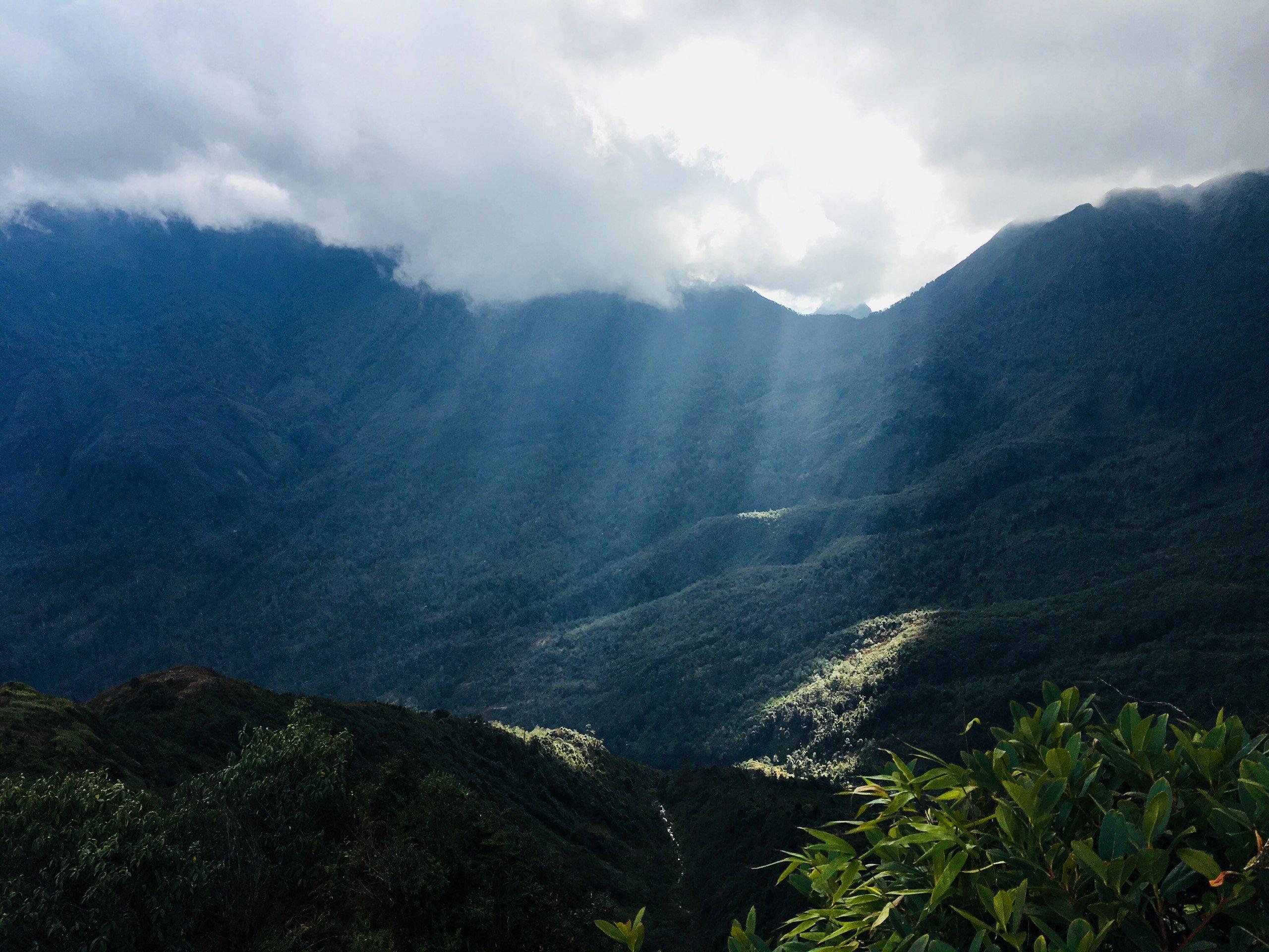Nhìu Cồ San – Ngọn núi nhiều củ sâm!