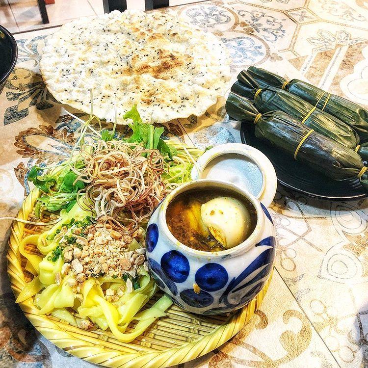 Top 3 delicious noodle shops when traveling to Da Nang