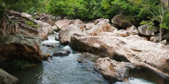 Suối Ba Hồ - Chốn bồng lại tiên cảnh tại Khánh Hòa