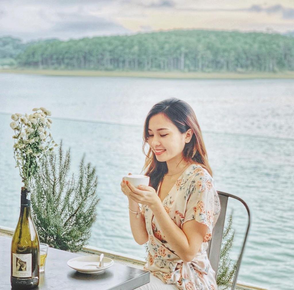 4 homestay cửa kính ở Đà Lạt view đồi núi đẹp như mơ