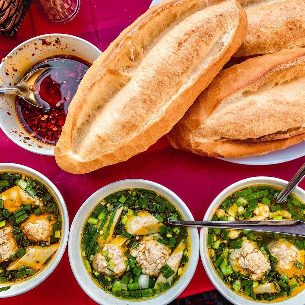 Bánh ướt lòng gà và loạt món ngon nên thử khi đến Đà Lạt