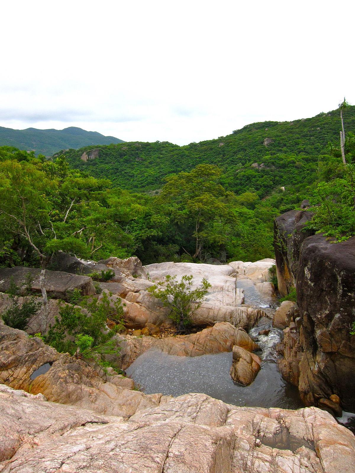Cẩm nang du lịch Ninh Thuận tự túc từ A đến Z
