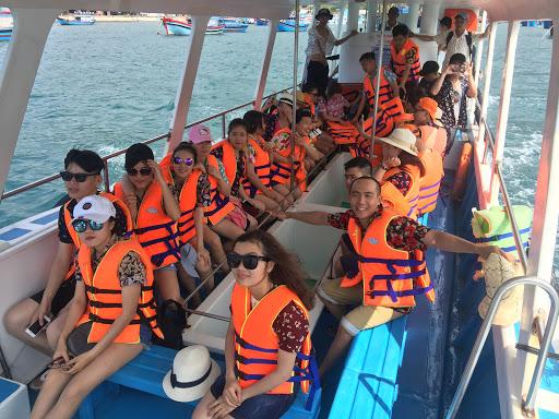 Chương trình du lịch Ninh Chữ – Vịnh Vĩnh Hy 3 ngày 3 đêm