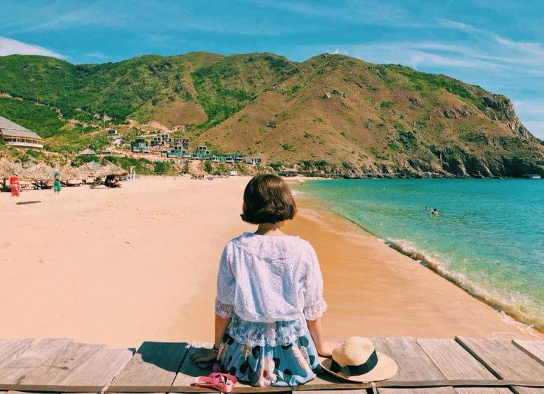 Kinh nghiệm du lịch biển tiết kiệm cho sinh viên