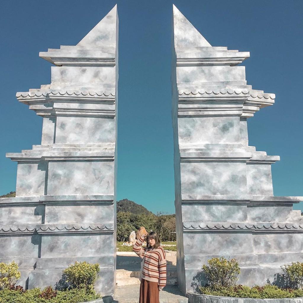 Những cổng trời ấn tượng du khách ở Việt Nam