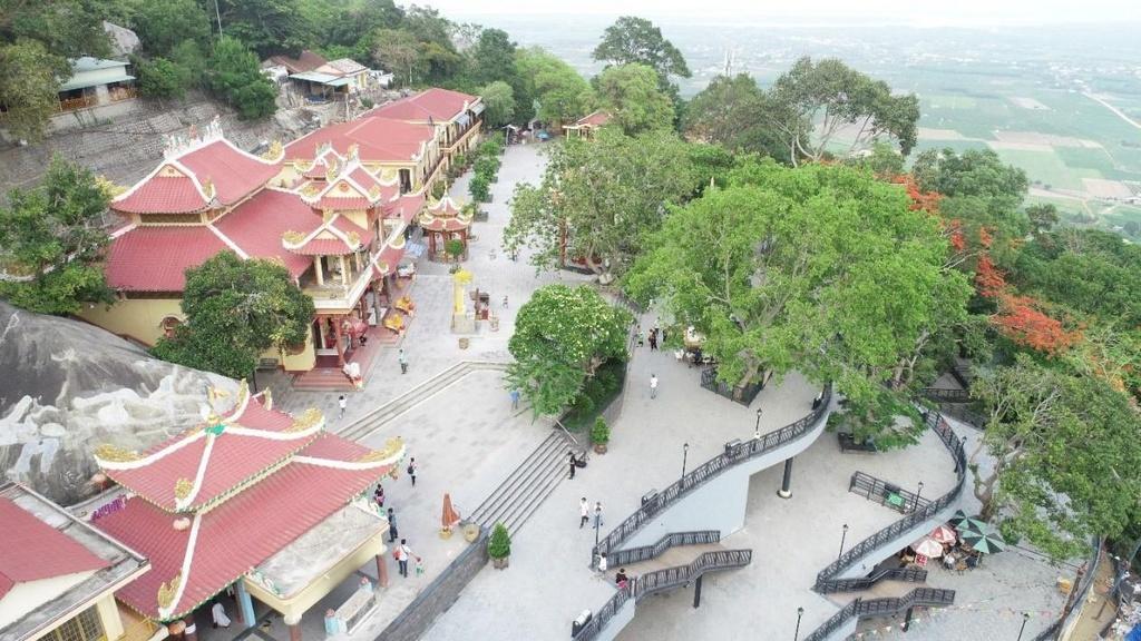 Những địa điểm bạn không nên bỏ lỡ khi ghé thăm Tây Ninh