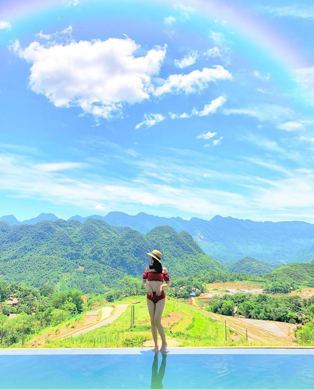 Những resort có hồ bơi view núi rừng tuyệt đẹp