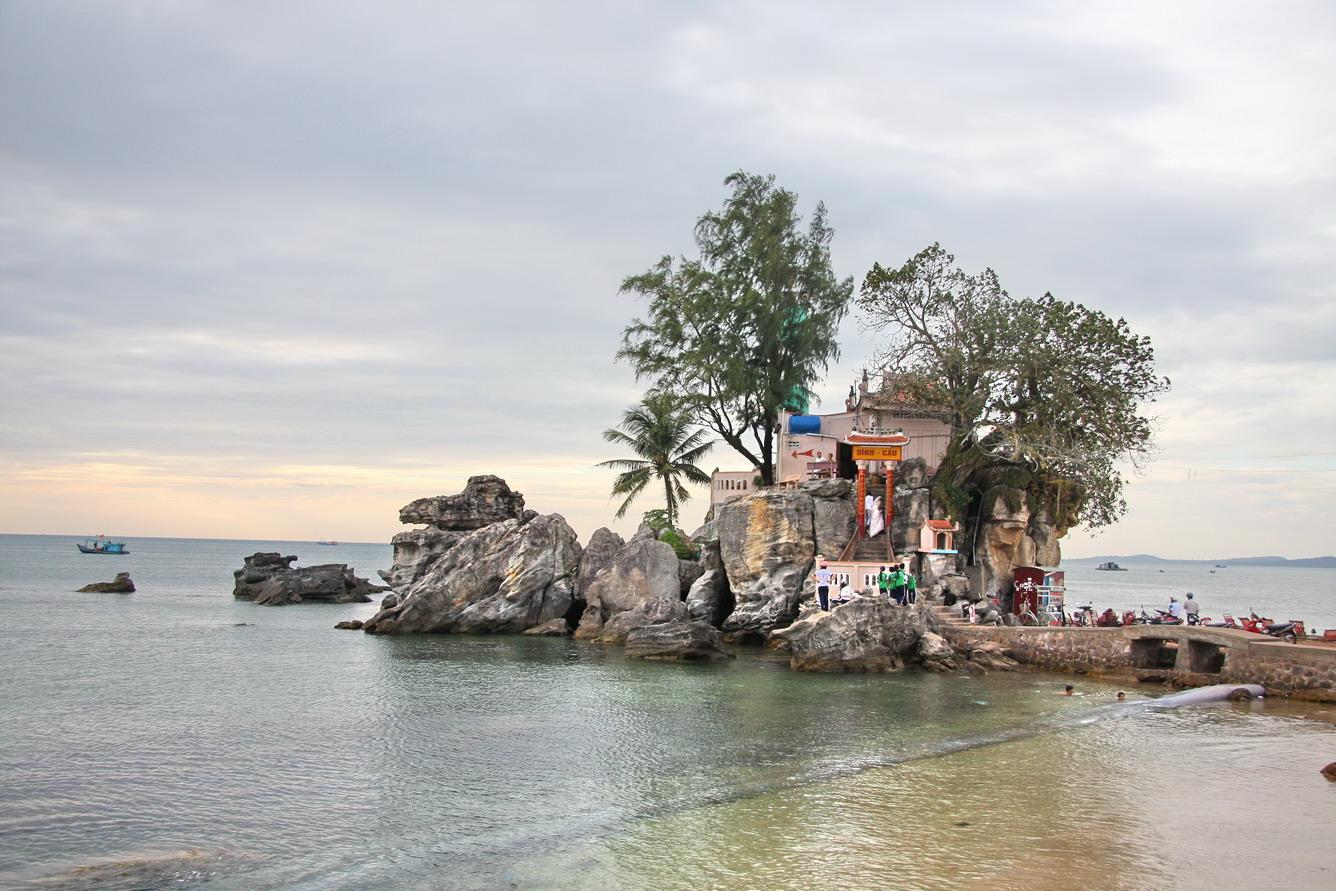 Tour du lịch Phú Quốc 3 ngày 2 đêm | Khám phá Bãi Sao – Cáp treo vượt biển dài nhất thế giới – Hòn Thơm – Bãi biển Sunset Sanato