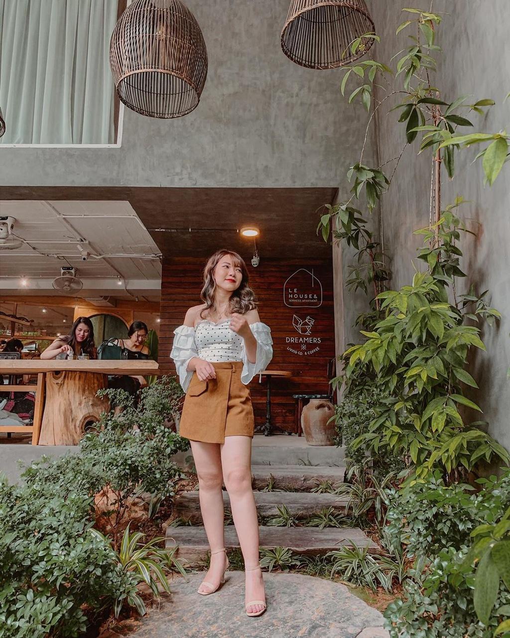 Check-in 4 quán cà phê view đẹp ở hồ Tây