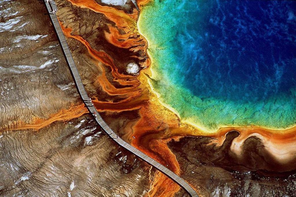 Hồ bơi của quỷ và những địa điểm ngỡ ảo ảnh thị giác