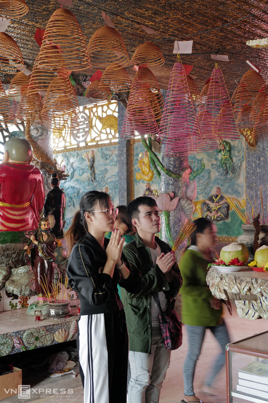 Ngôi miếu nổi cổ 300 tuổi ở Sài Gòn