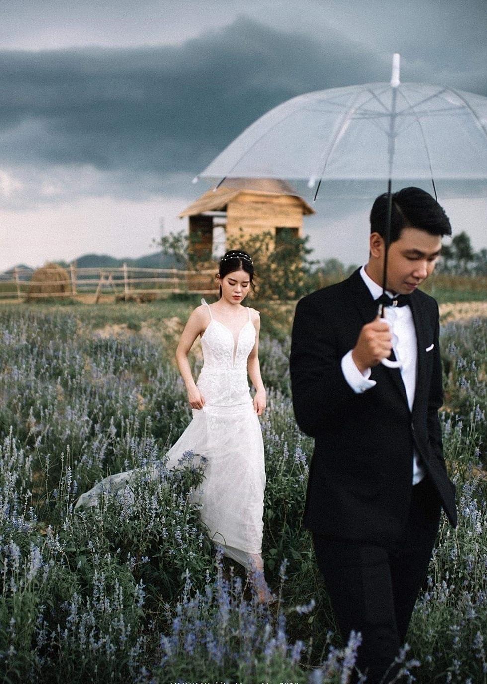 Nông trại hoa hút khách tham quan ở Huế