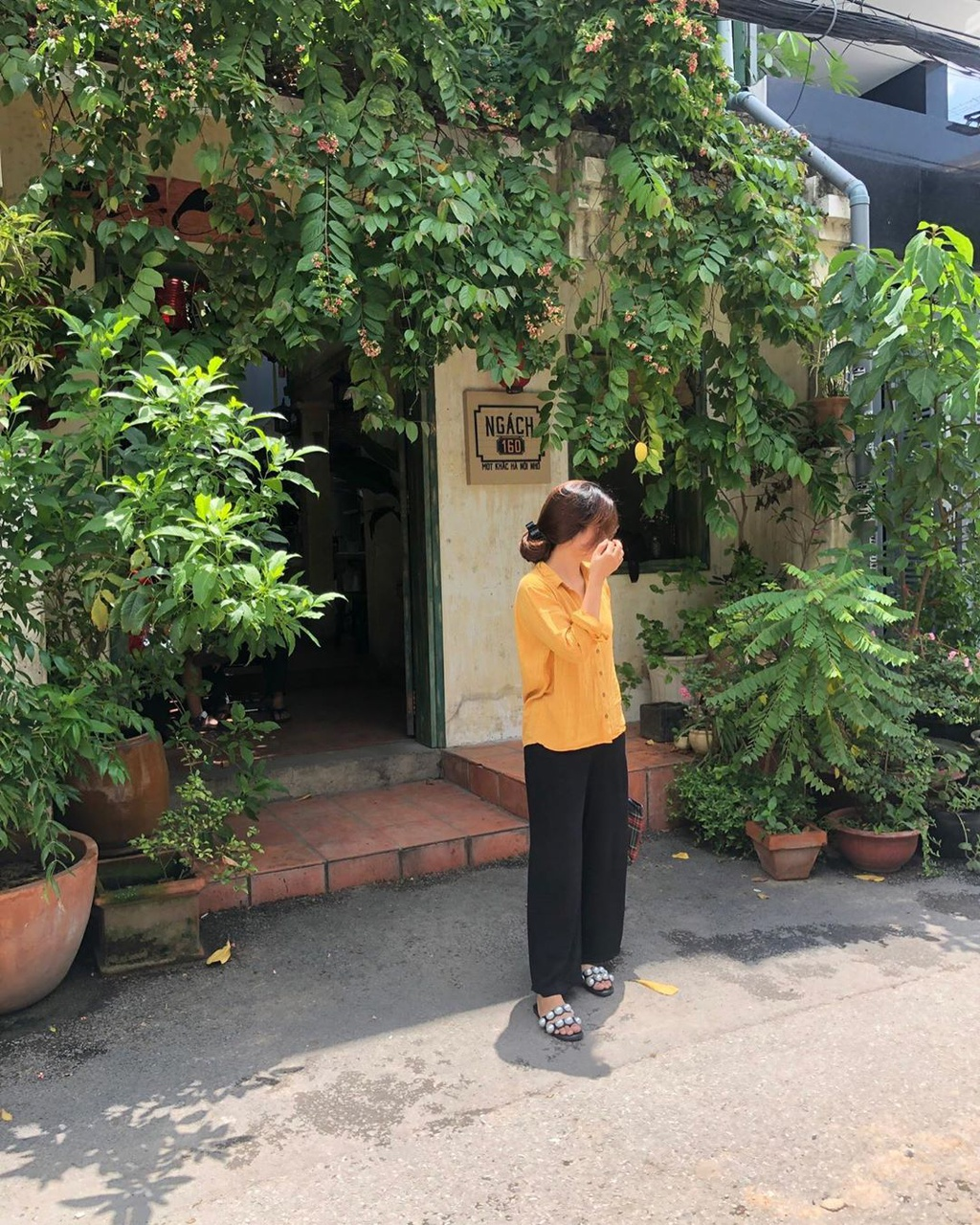 5 quán cà phê xinh ẩn mình trong những con hẻm ở TP.HCM