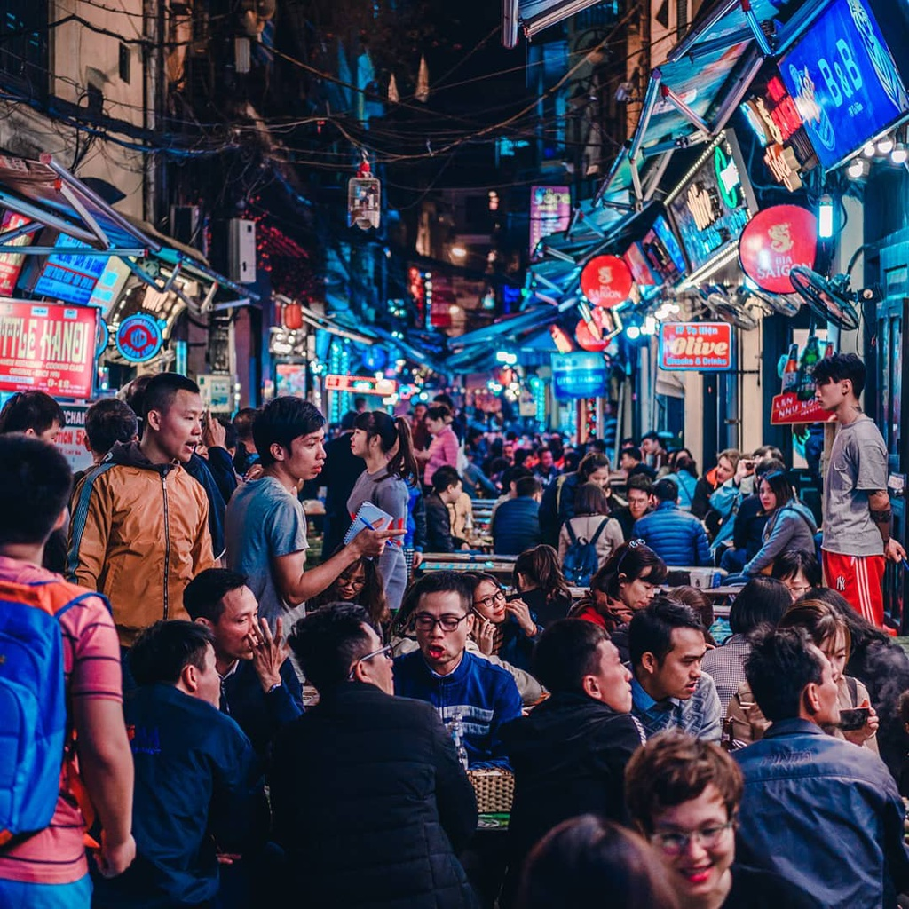 Bùi Viện và những khu phố đêm sầm uất nhất Việt Nam