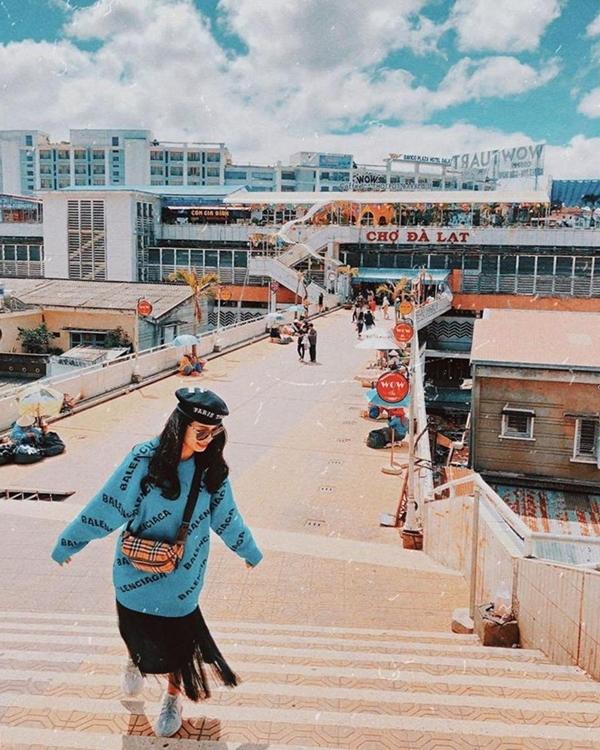 ? Góc Hong Kong bên hông chợ Đà Lạt - Mạng bán tour trực tuyến số 1 tại  Việt Nam | Du lịch TravelsgccMạng bán tour trực tuyến số 1 tại Việt Nam |  Du lịch Travelsgcc