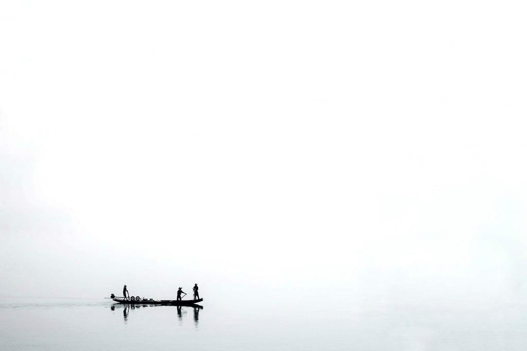 Việt Nam qua những bức ảnh tối giản