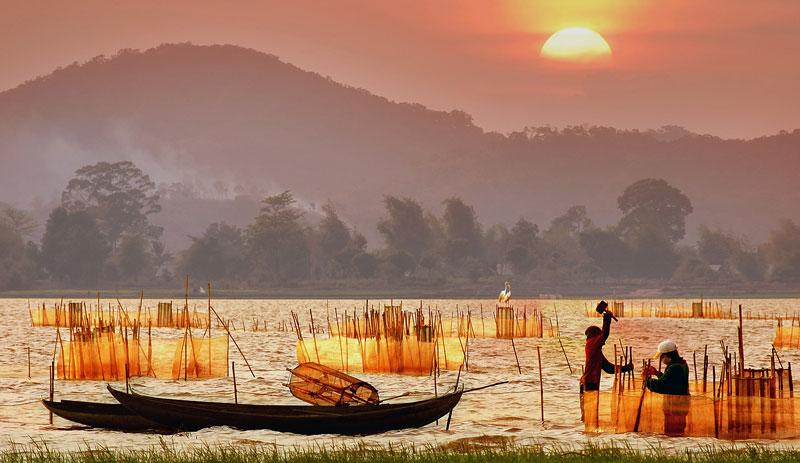 Tour du lịch Buôn Ma Thuột - Trải nghiệm chèo thuyền vượt thác