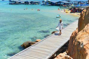 8 vùng biển xanh cho mùa nóng phía Nam